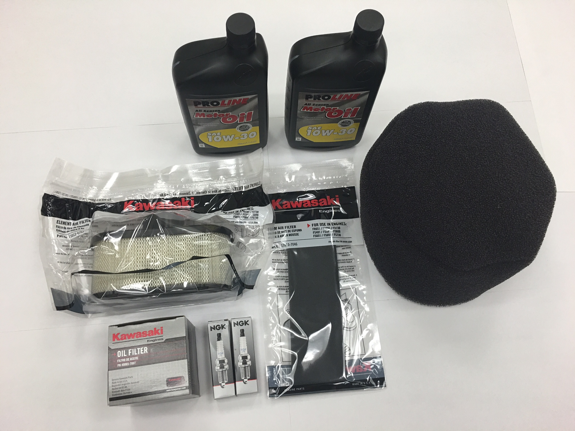 Complete the Kawasaki FS481v PM Kit