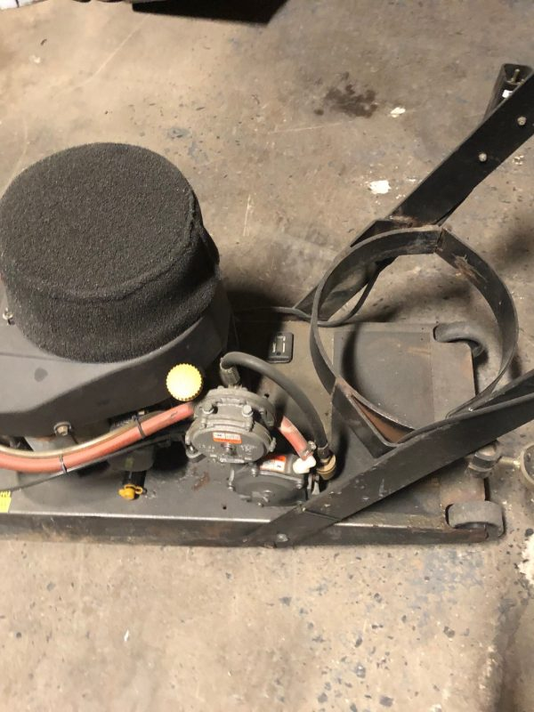 "Used Aztec 21"" Reliant Propane Buffer Burnisher BF 21 0113119 - 1"